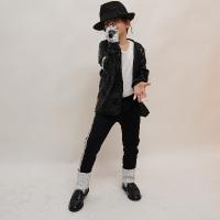 Baby impersonator of Michael Jackson