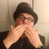 Maurizio Petrelli crooner
